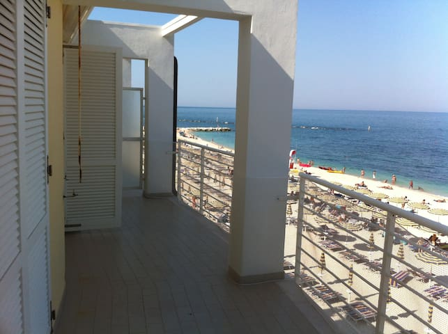 Affascinante appartamento sul mare - Numana - Apartment