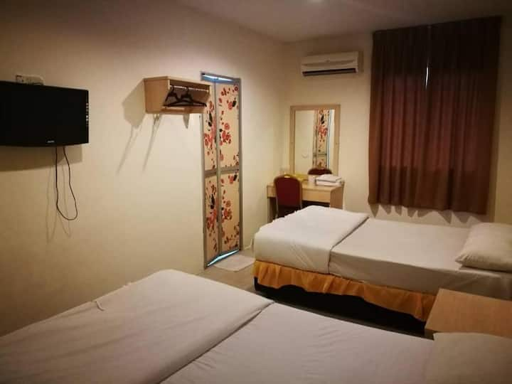 Superb Twin Room at Fresh Hotel Bercham