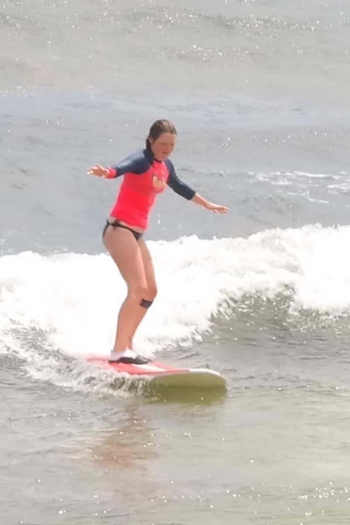 Siempre hay una primer ola para surfear.