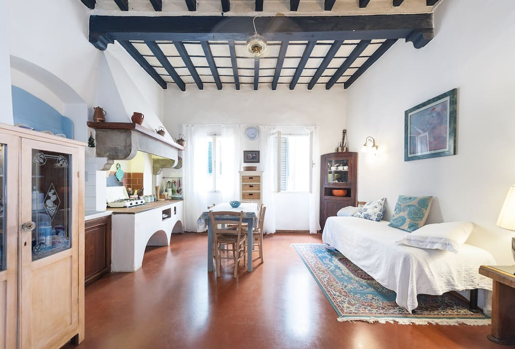 Apartment in the heart of florence apartments for rent for Florence apartments