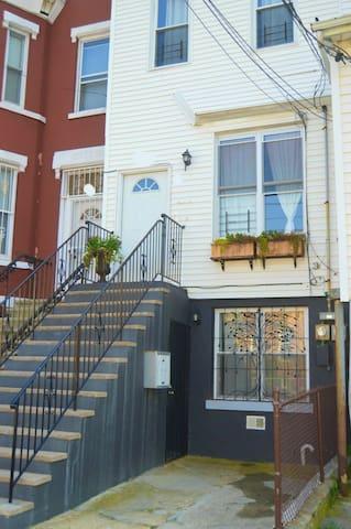 front door (upstairs apartment)