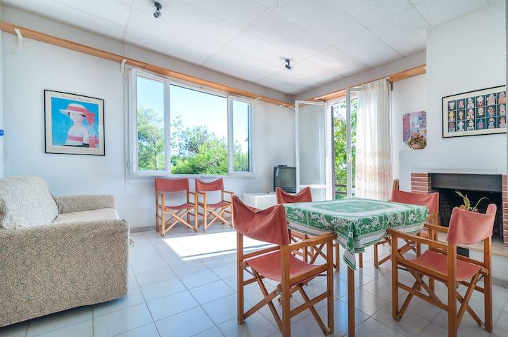 Appartamento in villa sul mare (TriA)