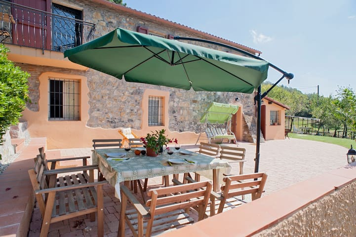 "Apartment ""2"" in stone farmhouse - Riparbella - Apartamento"