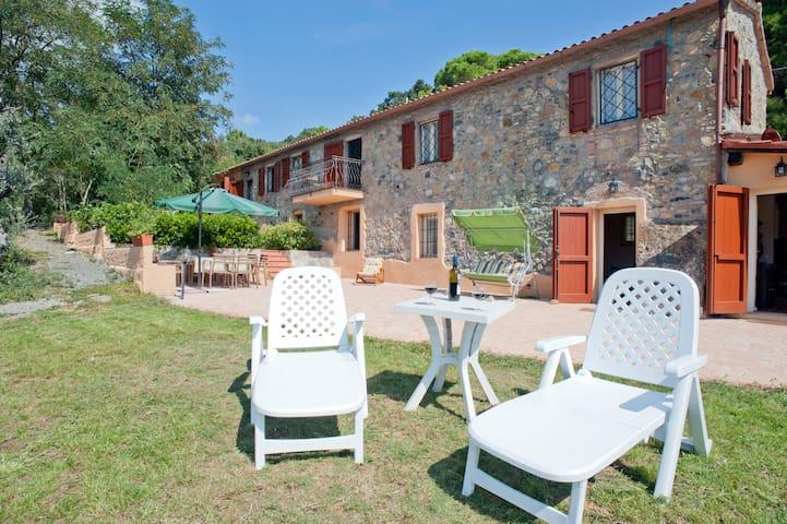 """Stone guest house """"La Ciliegiola"""" - Riparbella - House"""