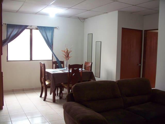 Fully Furnished 2-Bedroom Apt - Sant Salvador - Pis