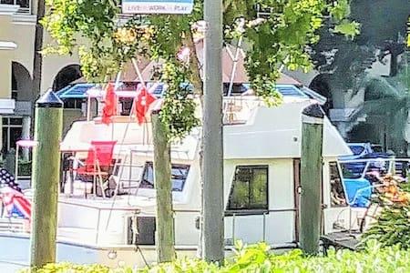 Entire Teak Yacht Ft. Lauderdale / Miami / Keys