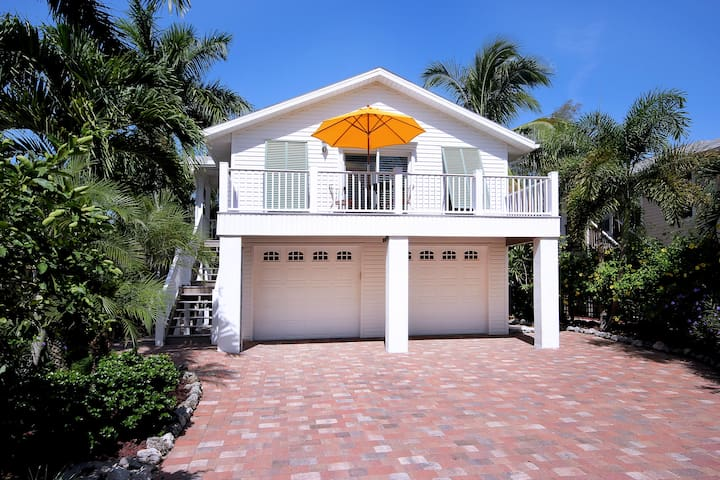 La Casa on Mango St - Fort Myers Beach - House