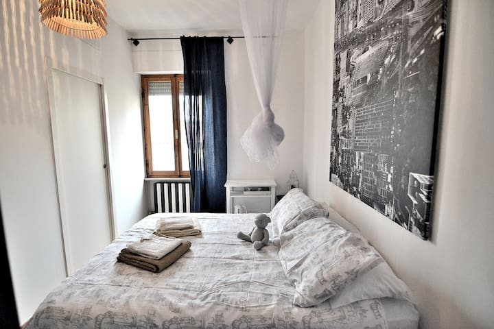 Cozy ENSUITE ROOM heart of Tuscany shared Garden - Poggibonsi - Bed & Breakfast