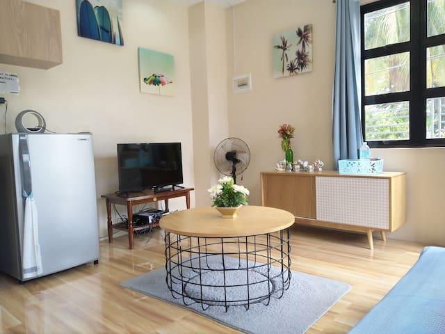 Cozy 1BR Apt. w/ Wifi | Netflix | XBox | Roof Deck