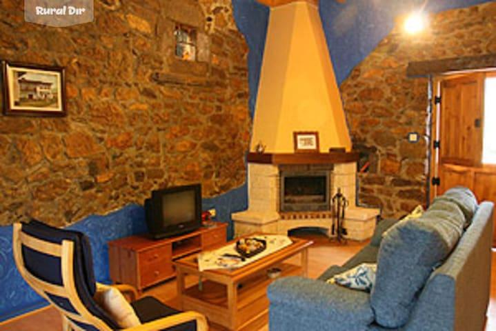 Casa Rural Asturias - Arenas de Beloncio - House
