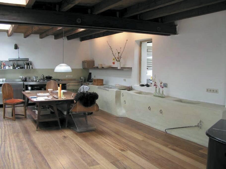 loft n he dom hbf messe in k ln nordrhein westfalen deutschland. Black Bedroom Furniture Sets. Home Design Ideas