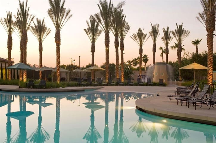 Irvine Luxury resort near beachDisneyland旅游待产商旅好去处