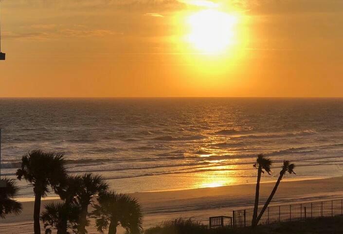 Amazing Ocean View Daytona Beach