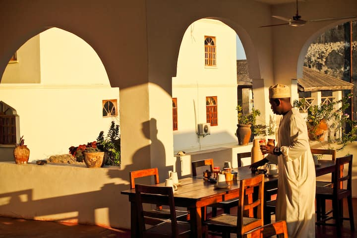 Situated in the best rated area in Zanzibar City,