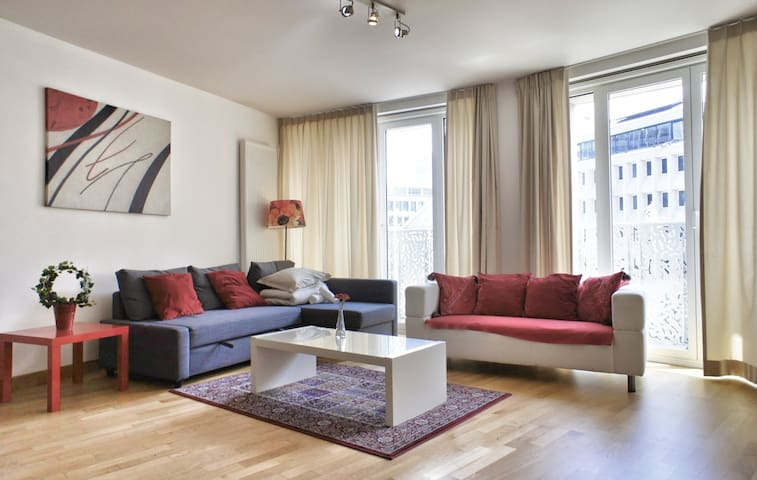 Residence by the Opera House ! - Brussel·les - Pis