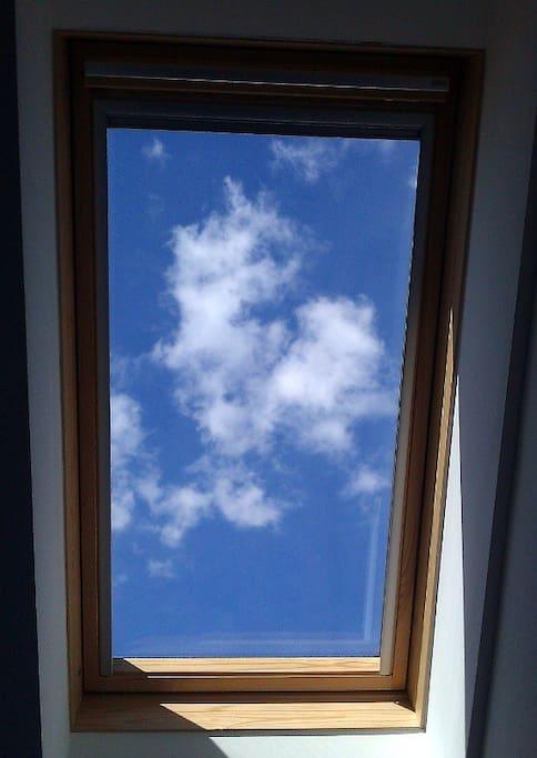 aufwachen mit blick zum himmel wohnungen zur miete in wien wien sterreich. Black Bedroom Furniture Sets. Home Design Ideas