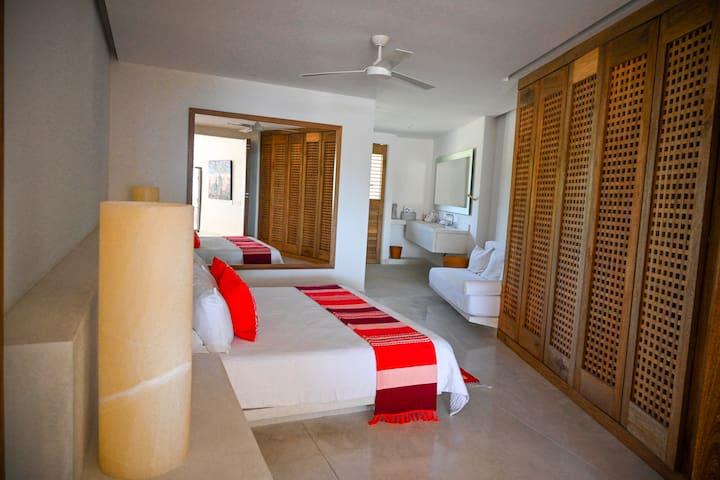 Two bedroom apartment in El Careyes Club