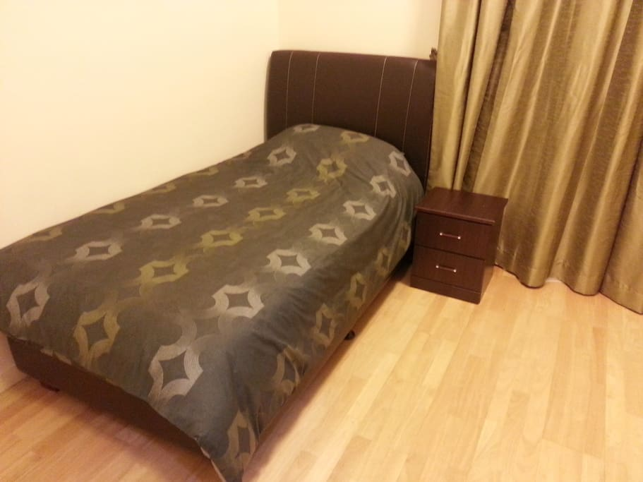 2nd room with single bed & wardrobe