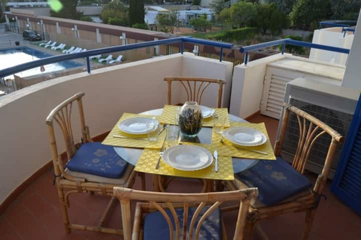 Vilamoura two suites apartment, 200m to the marina