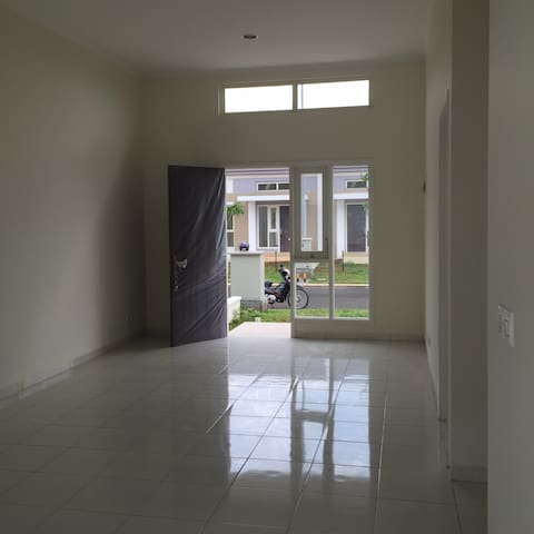 CHEAP BRAND NEW HOUSE FOR RENT/SALE