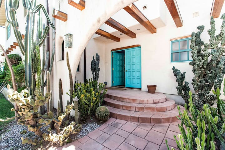 Private 7BD Ranch Estate with Pool
