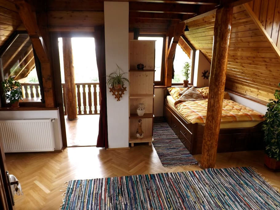 • Casa Zollo • Transylvania holidays at the Carpathian foothills near Sibiu