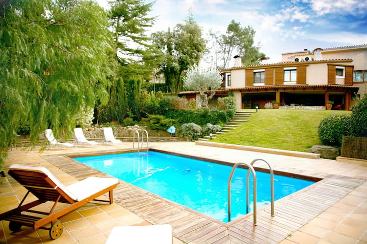 Catalunya Casas: Fabulous country villa in Airesol D, only 25km from Barcelona!