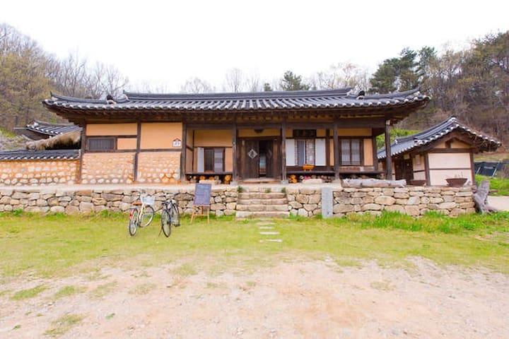 Hanok stay near Incheon airport - จุง-กู - บ้าน