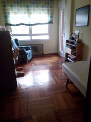 habitacion individual  - Ponferrada - Bed & Breakfast