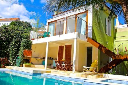 Rio Gaia Santa - Guesthouse w/ Waterfall Salt Pool - Rio