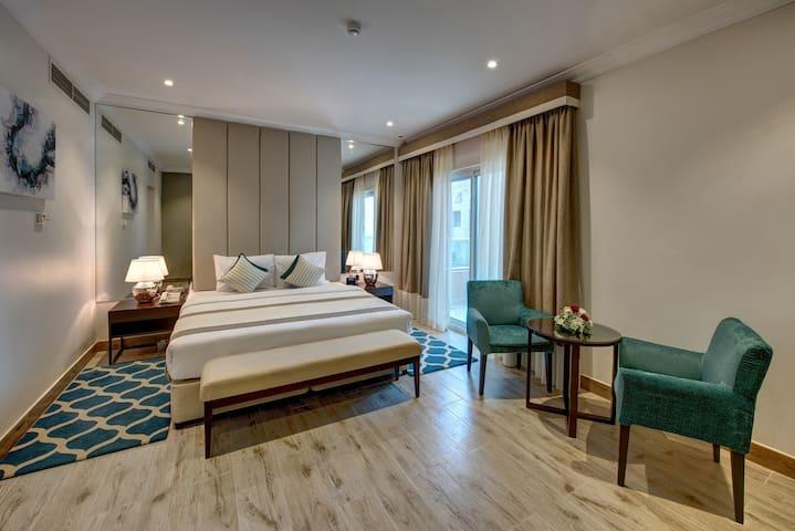 BRAND NEW-MODERN LUXURY HOTEL ROOM- MOE DUBAI
