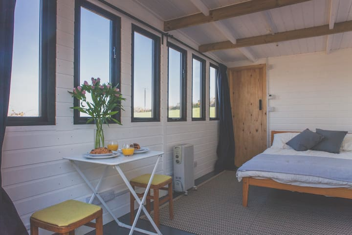 Private accommodation with stunning views - Cornwall - Chalupa