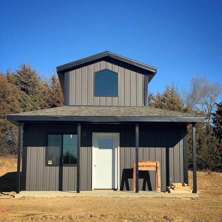 K4C Premier Cottages - Newly Constructed Mini Barn