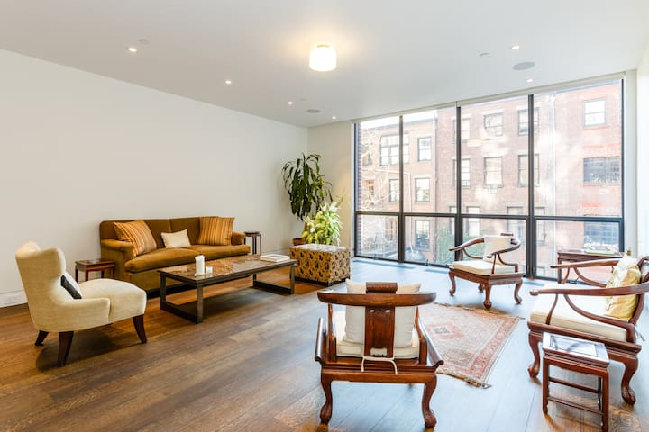 Lrg 2 BR Duplex Top 2 Flrs Terrace West Village - New York - Casa
