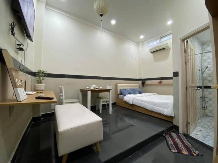Comfortable studio - near Bui Vien street, D1