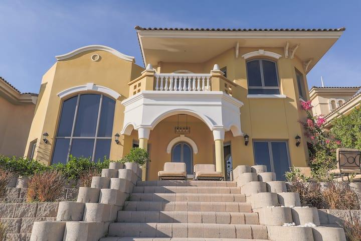 Four Bedroom Villa Palm Jumeirah