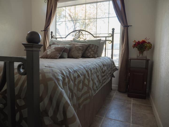 Amarillo Bedroom in Historic District