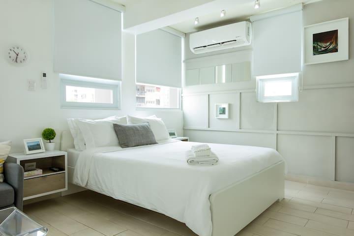 Cozy Studio 4A