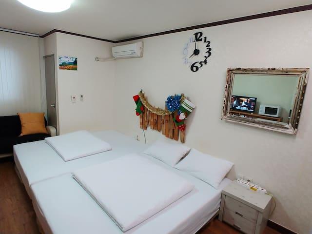 7017 S-House (Seoul STN Exit(15) 3min, Free Wifi)
