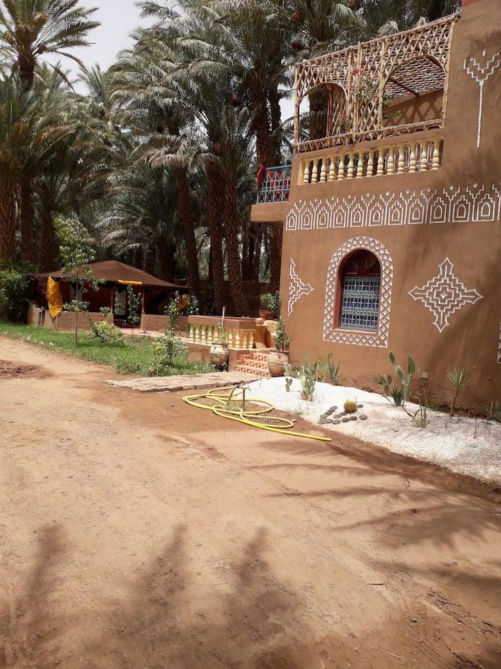 Belle maison avec terrasse