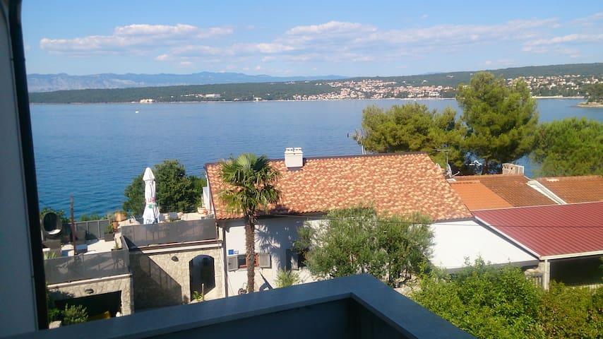 Apartment Vantačići, Krk, 1 minute to the sea