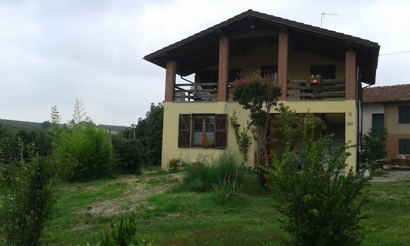 villetta nel verde nelle colline - Rocca Grimalda - Lakás