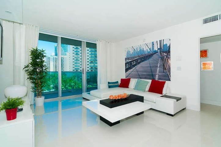 amazing, recently renovated!! - Hollywood - Apartamento