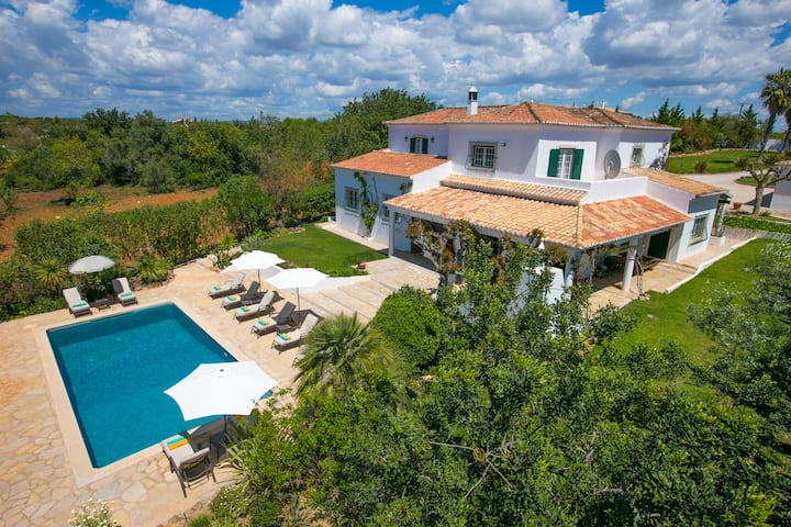 Luxury villa close to beaches
