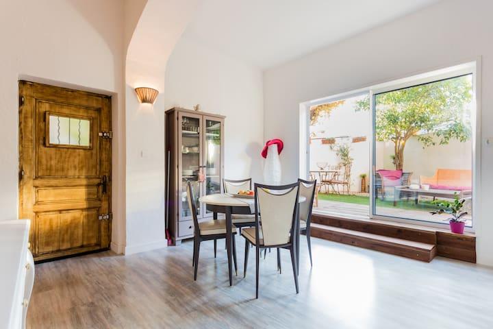 Aix centre jolie Maison jardin - Aix-en-Provence - Ev