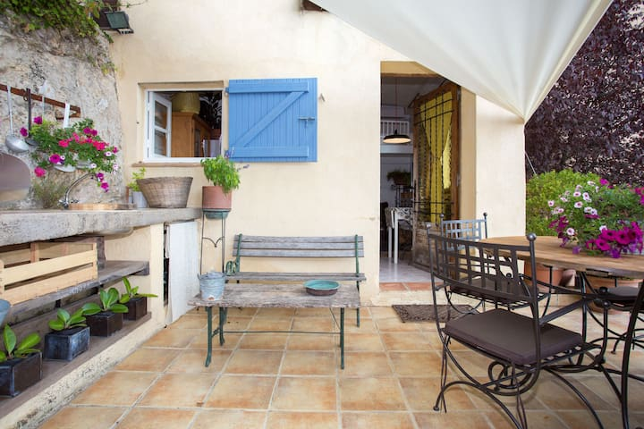Charming Cottage With Stunning View - Grasse - Pousada