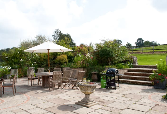The Old Forge, Lower Wraxall B&B - Dorset, UK - Bed & Breakfast