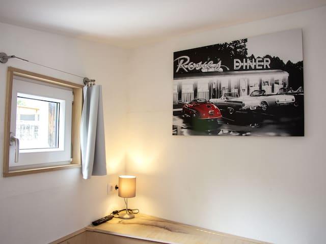 Seperates Apartment am 5-Sterne-Radweg Taubertal