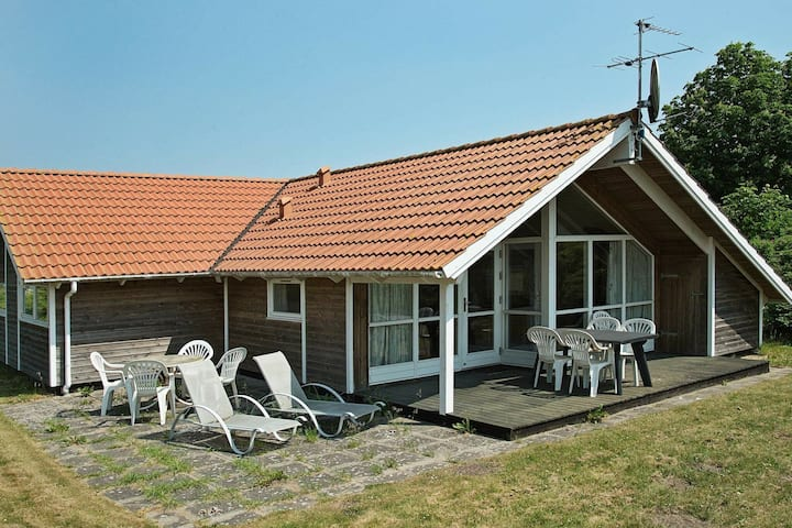 Nifty Cottage in Bjert Jutland with Sauna