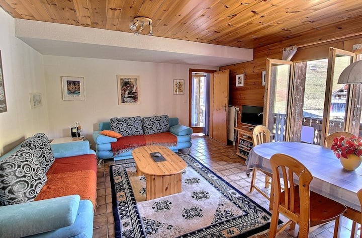 SKI-IN / SKI-OUT Les Crosets, 1 bedroom, wifi, on the slopes and with indoor garage (5-W)